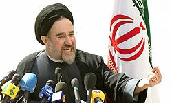 خاتمی در تبریز: حق نداریم احدی را از انتخاب شدن محروم کنیم