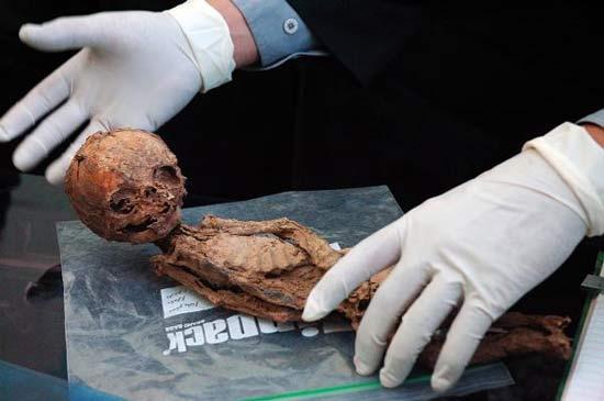 کشف مومیایی انسانهای کوتوله در کرمان