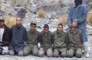 12 دی 84: در حمله به یک پاسگاه نیروی انتظامی در نزدیکی شهر سراوان 9 نفر از نیروهای انتظامی گروگان گرفته شدند. مسوولیت این اقدام را گروهک جندالله در تماس با شبکه ماهوارهای العربیه برعهده گرفت.