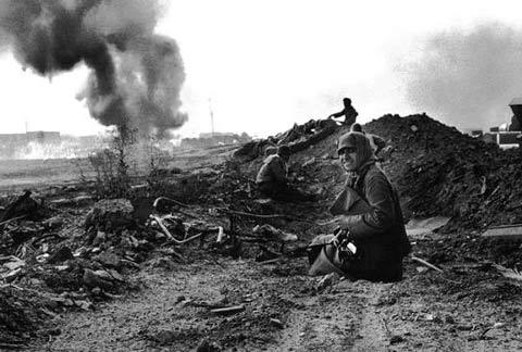 زنان در جبهه و جنگ