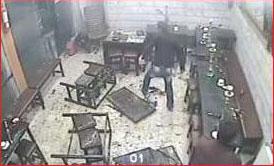 تصویر 3 شرور در دوربینهای قهوهخانه