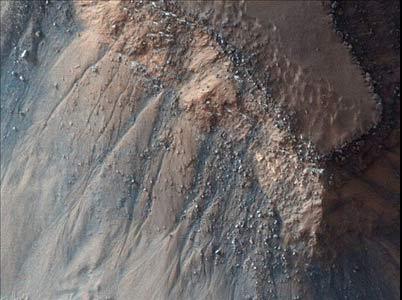 تصاویر هنرمندانه مدارگرد ناسا از سیاره سرخ