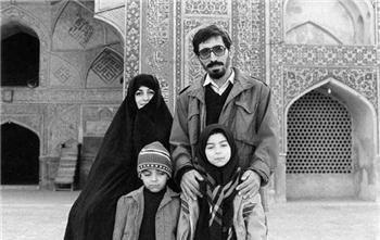 محسن مخملباف، فاطمه مشکینی، سمیرا مخملباف و میثم مخملباف