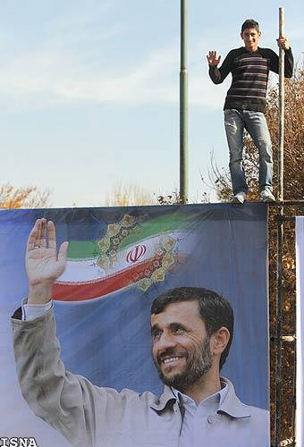 تصاویر استقبال احمدی نژاد در زنجان