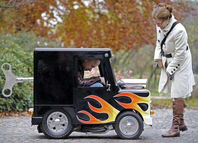 عکس   عکس کوچکترین خودروی جهان