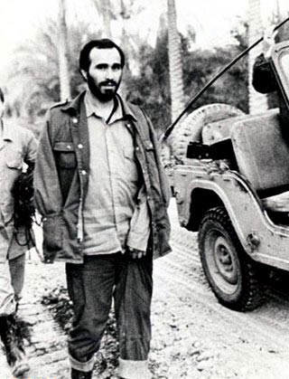 زندگی نامه شهید حسین خرازی - مـردی كه به پای رزمندگـان بوسـه می زد