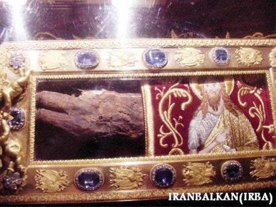 بقایای دست راست حضرت یحیی(ع)+عکس X عکس بقایای دست راست حضرت یحیی(ع)
