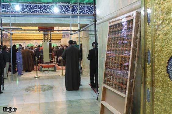 227660 347 - تصاویر: آغاز نصب ضريح جديد امام حسين(ع)