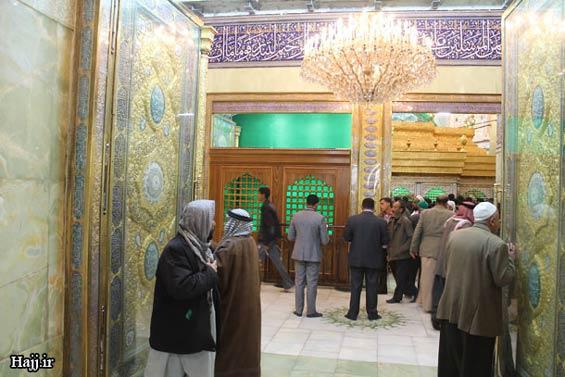 227665 493 - تصاویر: آغاز نصب ضريح جديد امام حسين(ع)