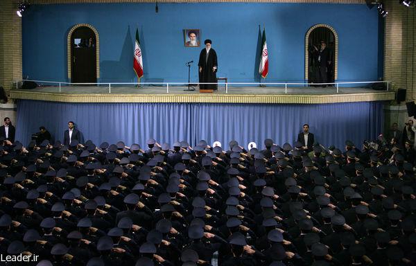 دیدار همافران با امام خامنهای