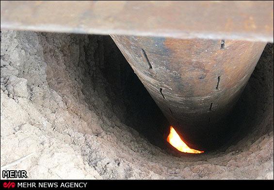 219248 328 - چاهی که به جای آب «آتش» میدهد +عکس