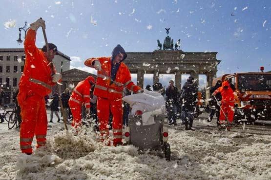 مطالب داغ: روز جهانی جنگ بالشها