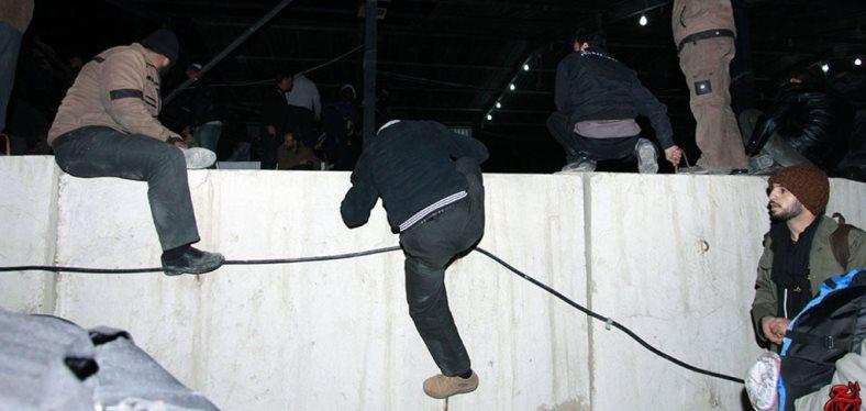 زائران ایرانی زجر کشیدند ولی هیچ مسئولی خم به ابرو نیاورد!