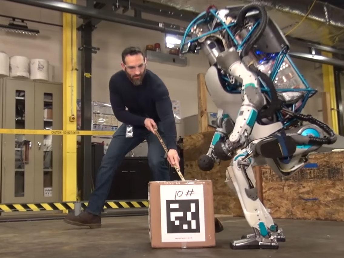 خداحافظی گوگل با رباتهای انساننما