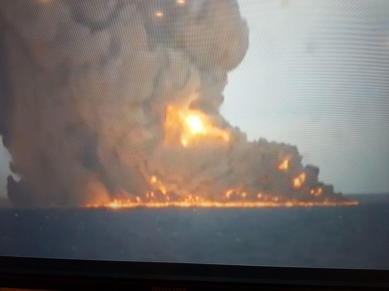 نفتکش ایرانی در حال غرق شدن است/  امیدها برای نجات 32 خدمه نفتکش کمرنگ شد