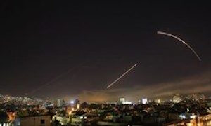 حمله موشکی شبانه به حمص و دمشق