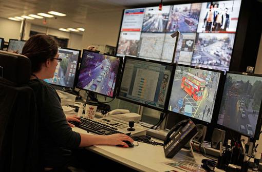 سازمان کنترل ترافیک لندن تدارک مناسبی برای المپیک امسال دیده است، این تدابیر برای لندنی که در روزهای معمولی سال شهر شلوغی است بسیار حیاتی است. AP Photo/Elizabeth Dalziel
