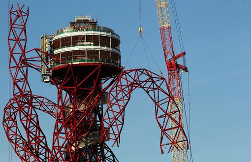 مراحل ساخت برج اوربیت، این سازه از معماری متفاوت بهره می برد که به نماد جدید لندن تبدیل شده است. Dean Mouhtaropoulos/Getty Images
