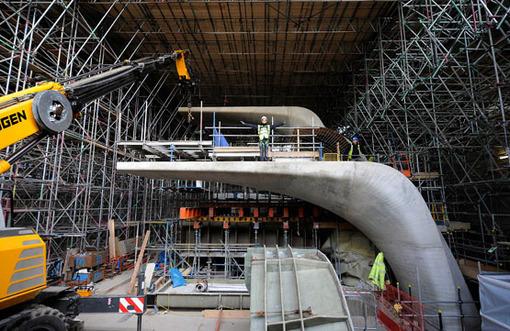 ساخت دایو بزرگ پرش در ورزشگاه المپیک لندن، دسامبر 2010 AP Photo/Andy Hooper, ODA