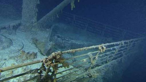 تایتانیک در اعماق دریا در سال 2010 Premier Exhibitions, Inc.-Woods Hole Oceanographic Institution
