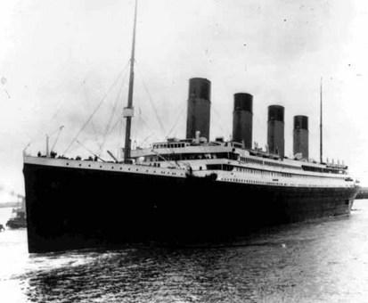 دهم آوریل 1912؛ تایتانیک در بندر ساوتهمپتون Associated Press