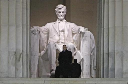 19 ژانویه 2009: واشنگتن REUTERS/Jim Young