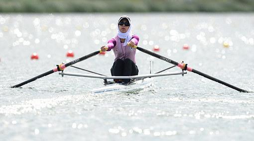 سولماز عباسی زاده قایق ران رشته ی روئینگ تک نفره علی رغم صعود به مرحله نیمه نهایی از ادامه مسابقات بازماند.