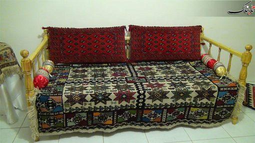 استفاده از تخت سنتی و کرسی به جای مبلمان!