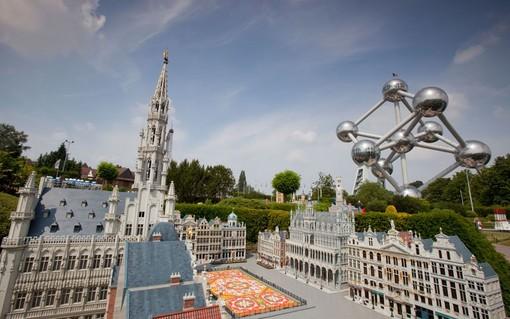 بلژیک<br /><br /> اروپای کوچک در بلژیک، شبیه سازی مینیاتوری بیش از ۸۰ شهر و نزدیک به ۱۵۰ ساختمان در اروپا به صورت مینیاتوری در بلژیک