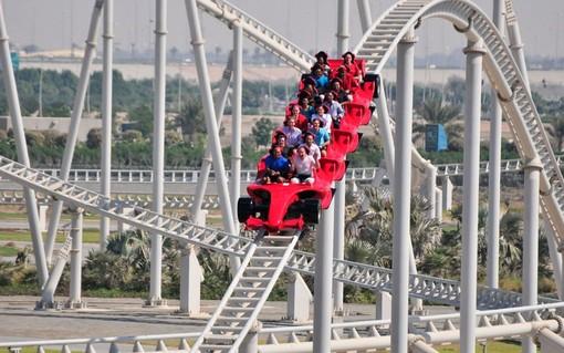 دبی بزرگترین مسیر مارپیچ دنیا در پاراک فراری ورلد دبی
