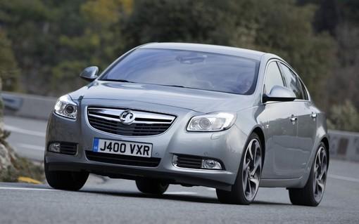 Vauxhall Insignia BiTurbo/ قیمت 27180 یورو