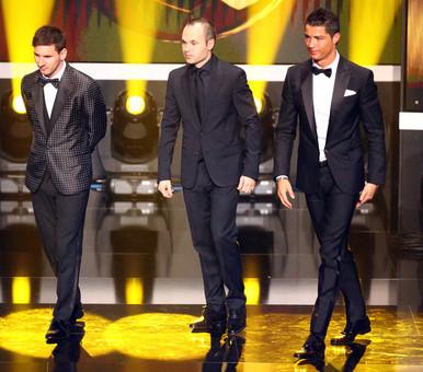 مسی، اینیستا و رونالدو سه نامزد دریافت توپ طلا