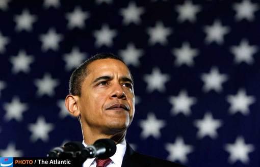 ۲۷ فوریه ۲۰۰۹، اوباما در نخستین روزهای ریاستمهوری خود در کمپ تفنگداران دریایی در کارولینای شمالی. وعده خروج کامل نظامی از عراق، یکی از وعدههایی بود که اوباما در دور نخست ریاست جمهوری خود عنوان کرد؛ رویدادی که در ۲۶ فوریه ۲۰۱۲ رخ داد و آمریکا رسما اعلام کرد در عراق حضور نظامی ندارد و نیروهای خود را به کویت انتقال داد و پرچم این کشور در پایگاههایش در عراق پایین کشیده شد.