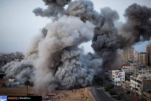 موشک باران غزه توسط رژیم صهیونیستی موضوع دومین عکس برگزیده وردپرس امسال است که برنارد آرمانگو عکاس اسپانیایی آن را در 18 نوامبر 2012 ثبت کرده است.